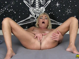 Right away She's Horny, She Does Exactly What She Is Told