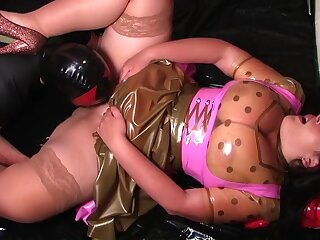 Thing embrace the Dirty Latex Dirndl Dress Bitch - Latex Fucking in the Bedroom - Cum more than my Pussy