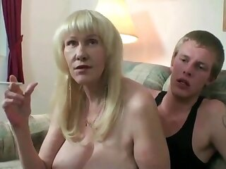 Mature amateur mom in stockings smoking greatest extent toyboy fucking her pussy