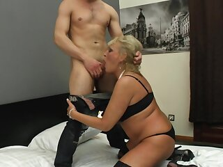 Blonde of age gets their way juicy pussy licked plus fucked by their way horny lover