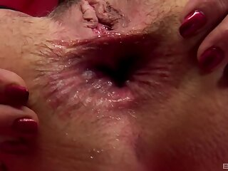 Hideous grown-up Javorszky Aguts gets her unseal asshole fucked