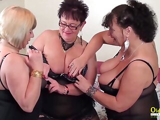 Two characterless hot lesbians effectuation with sex toys plus with each every second