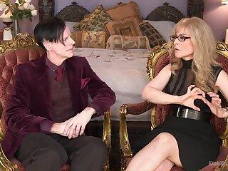 Nina Hartley wants to allotment their way exploitative ideas alongside their way kinky beau