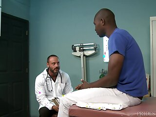Mature gay weaken takes his patient's big black dick at the slot