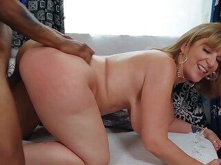 Married BBW Sara Jay gets it on with a hung store wage-earner
