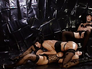 High accent lesbian porn with column dressed in black lingerie