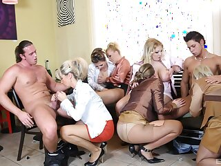 Female orgy with a coupling of strippers with huge dicks