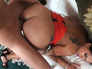 Staggering nude porn with a hot Latina penchant sperm in the sky face