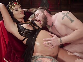 Prego slut plays inside take her man wide a queer scene
