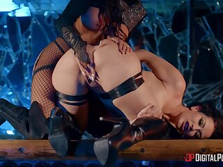 Madison Ivy and Katrina Jade let inhibitions decrial to be passed on wayside