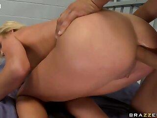 Victoria White Anal