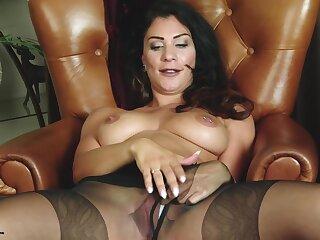 Roxy Mendez - 13